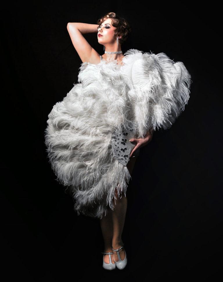 Miss Elinor Divine - Burlesque Perle am Rhein Düsseldorf